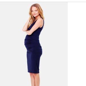 Ingrid & Isabel Dresses - Ingrid and Isabel ruched maternity dress